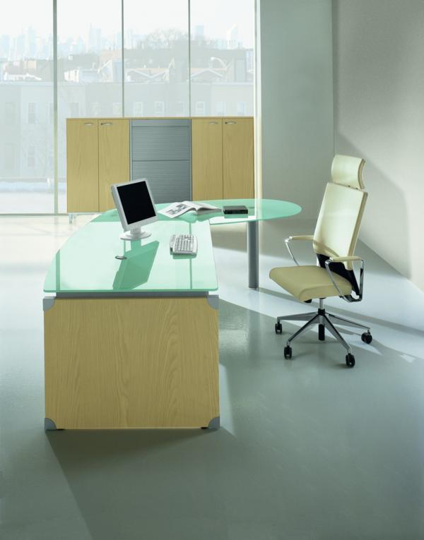 Bureau b nisterie conception d 39 espaces de travail et for Bureau de conception
