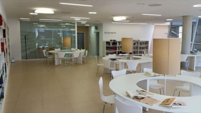Classement pour biblioth que for Entreposage de meuble