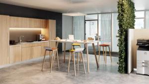 Tabourets et tables espace restauration